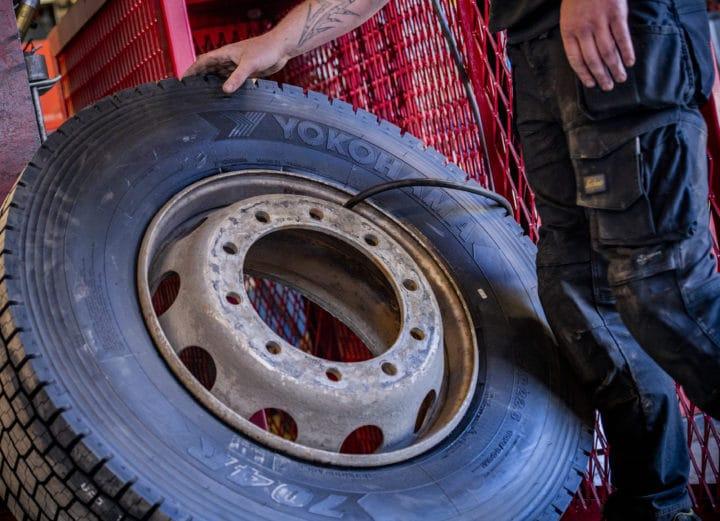 Lastebildekk - DekkTeam hjelper deg med lastebildekk i alle prisklasser