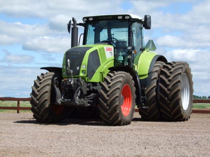 DekkTeam leverer de fleste typer landbruksdekk ferdig på felg. I tillegg har vi et stort utvalg av originalfarger, slik at felgene matcher DIN landbruksmaskin!